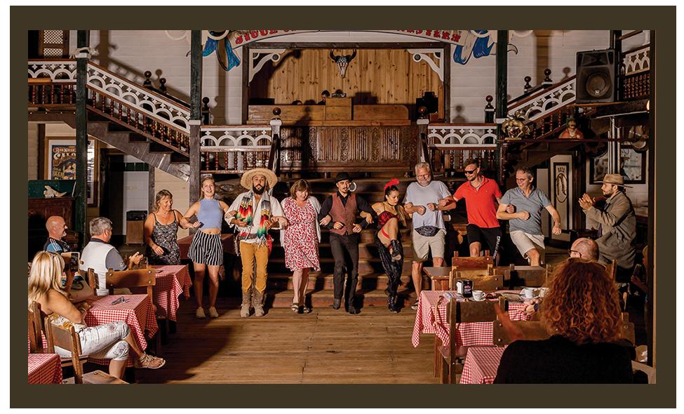 Espectáculo Saloon en Sioux City Park Gran Canaria