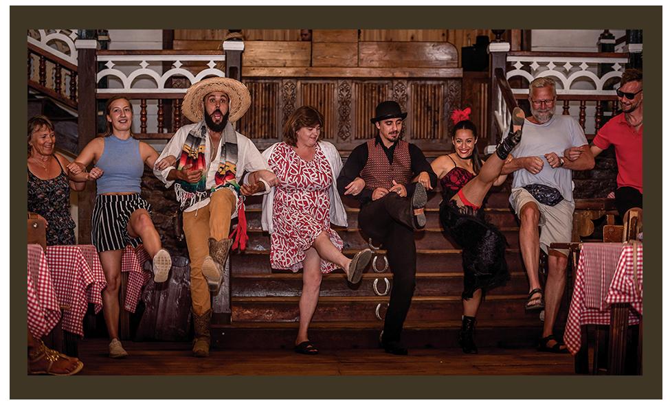 Espéctaculo Saloon en Sioux City Park Gran Canaria